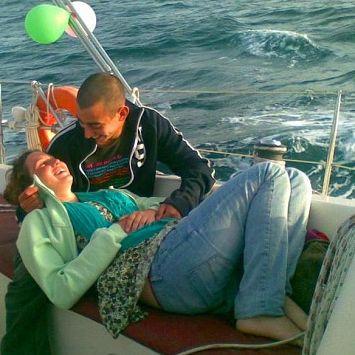 צימר על המים - חבילת רומנטית כוללת הפלגה ולינה ביאכטה פרטית הרצליה