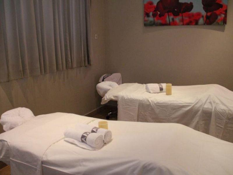 מיטות עיסוי - מלון רמדה נתניה