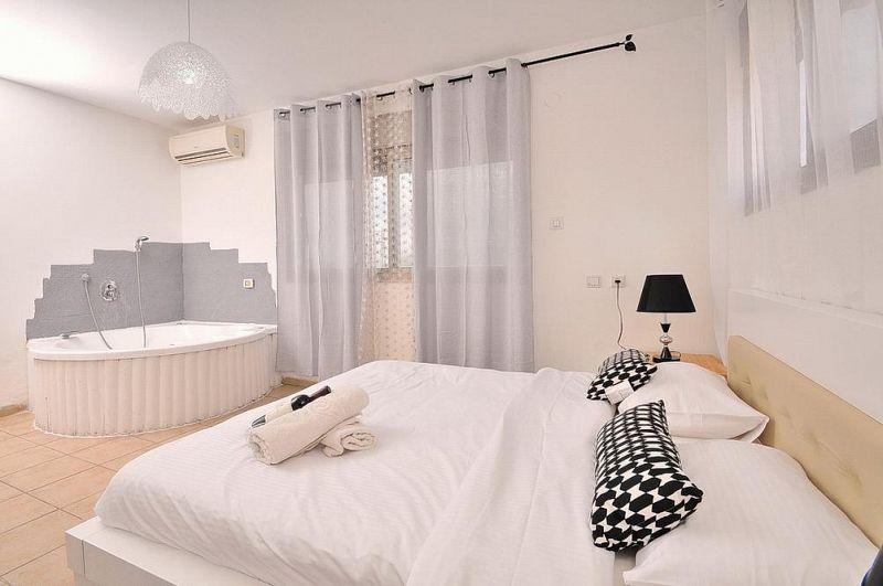 חדר עם אמבט - וילה אחוזת ניוקאסל