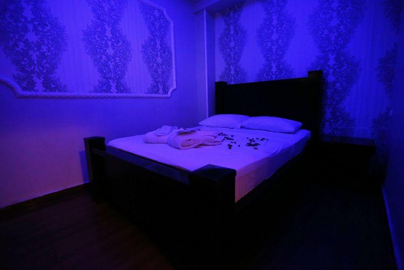 מיטה זוגית למנוחה - ספא לוקסור