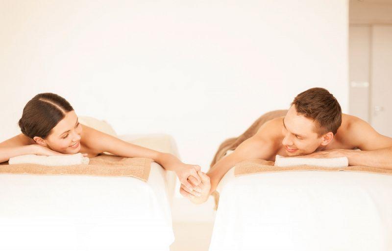 זוג בחדר טיפולים - ספא מרחצאות געש